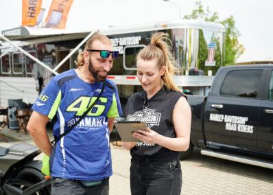 Promoterin der Promotionagentur PRO-VOGUE für Harley-Davidson