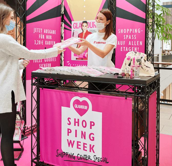 Promoterin der Promotionagentur PRO-VOGUE für Shoppingweek von Condé Nast - Glamour