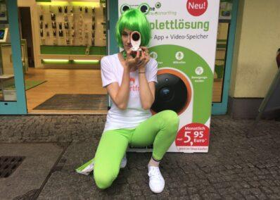 Promoterin der Promotionagentur PRO-VOGUE als Walking ACT für Smartfrog