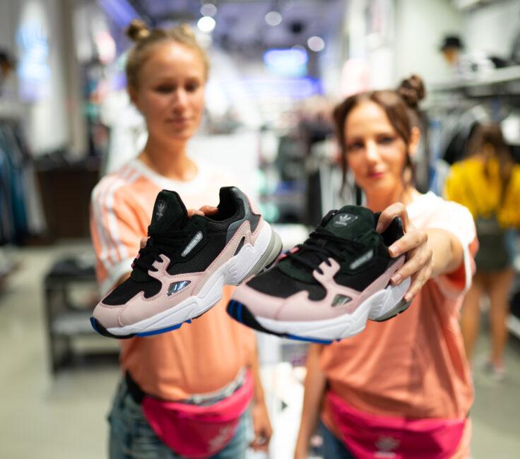 Promoterinnen der Promotionagentur PRO-VOGUE für Agentur Act3 für adidas