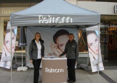 Promoterinnen der Promotionagentur PRO-VOGUE für Alcon Vision Care