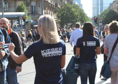Promoterinnen der Promotionagentur PRO-VOGUE für Agentur reco ideas für Kieser Training